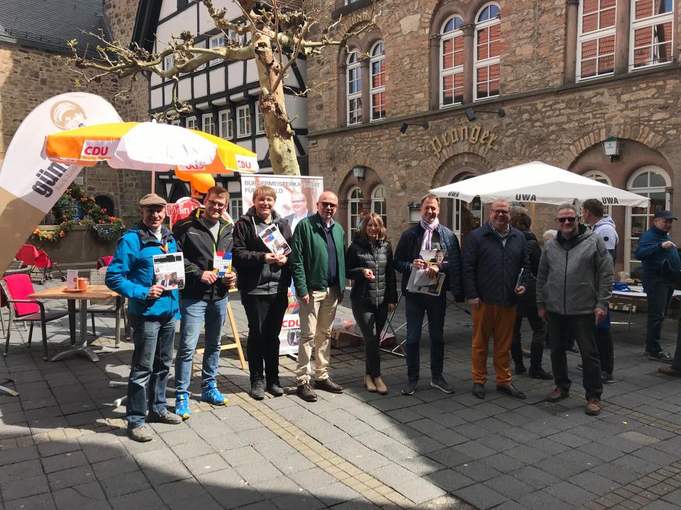 CDU und UWA beim Infostand. Foto: CDU Alsfeld.